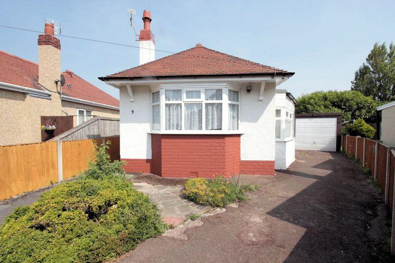2 Bedrooms Detached Bungalow for sale in Trehearn Drive, Rhyl