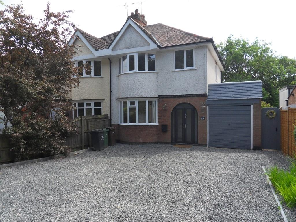 3 Bedrooms Semi Detached House for sale in Markfield Lane, Newtown Linford