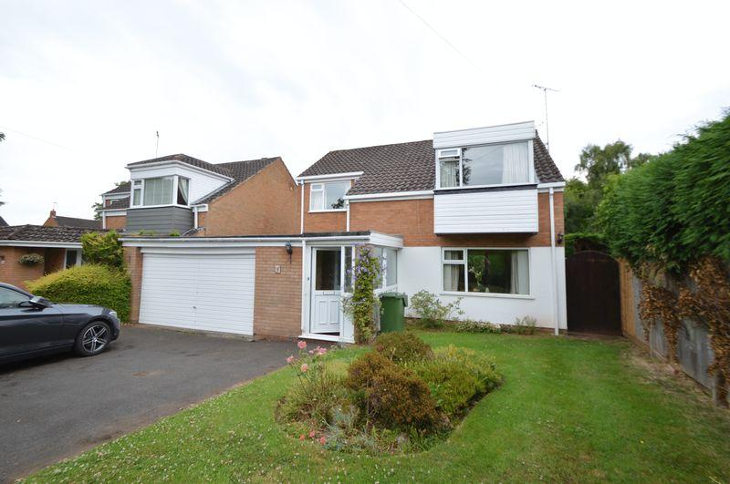 4 Bedrooms Detached House for sale in Oldfields, Hagley,