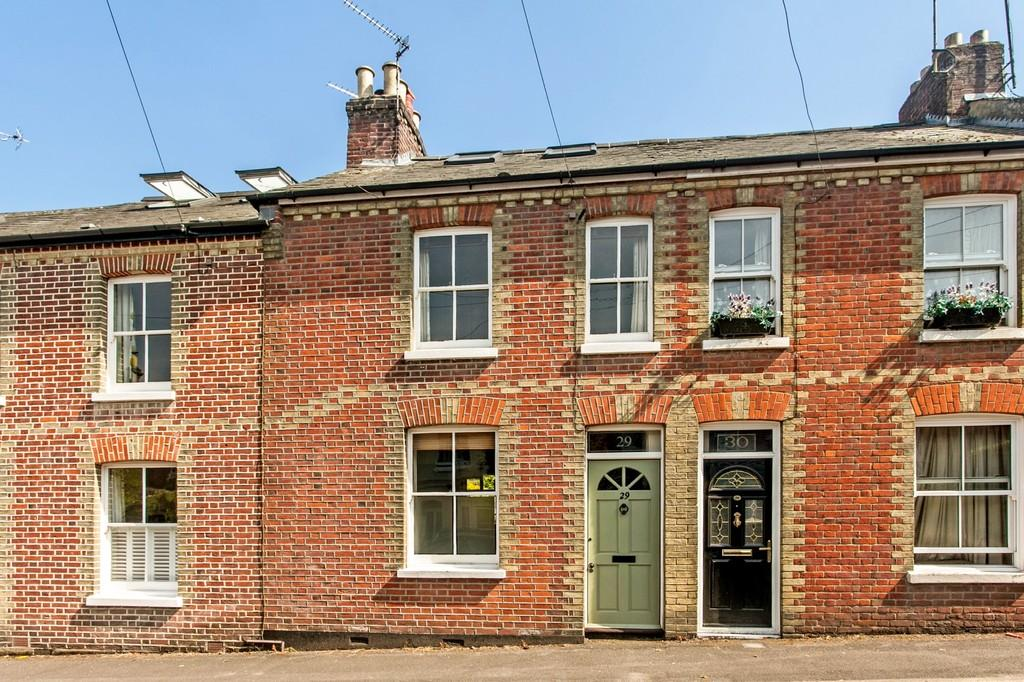 3 Bedrooms Terraced House for sale in Western Road, Fulflood, Winchester, SO22