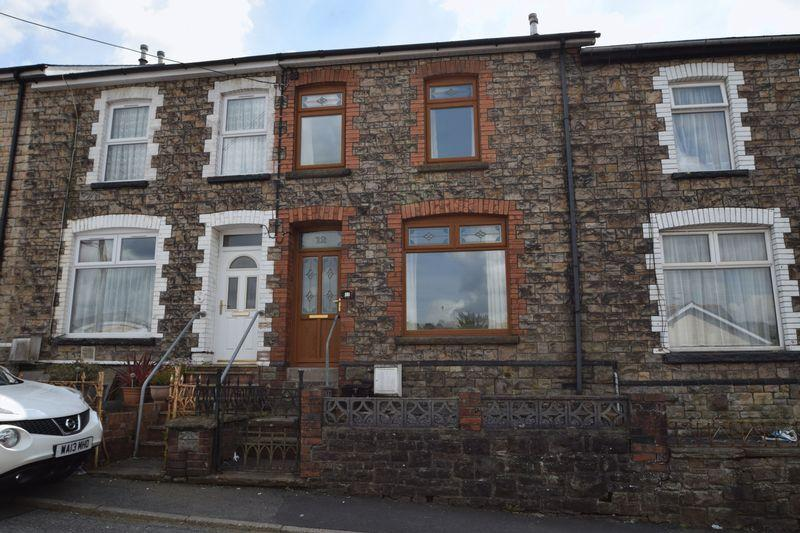 2 Bedrooms Terraced House for sale in Penywain Terrace, Pontypool