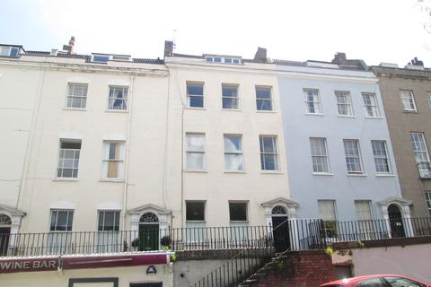 2 bedroom apartment to rent - Richmond Terrace, Clifton