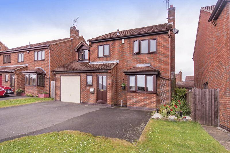 4 Bedrooms Detached House for sale in SPRINGWOOD DRIVE, OAKWOOD