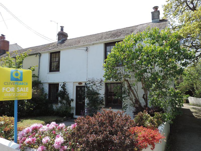 2 Bedrooms Cottage House for sale in Perranwell Station, Truro
