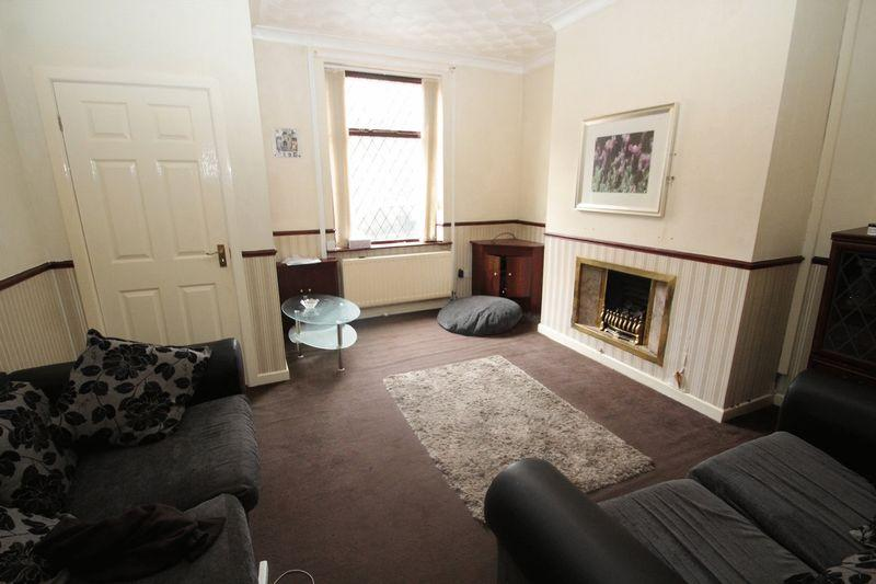 2 Bedrooms Terraced House for sale in Platting Lane, Rochdale OL11 2JT