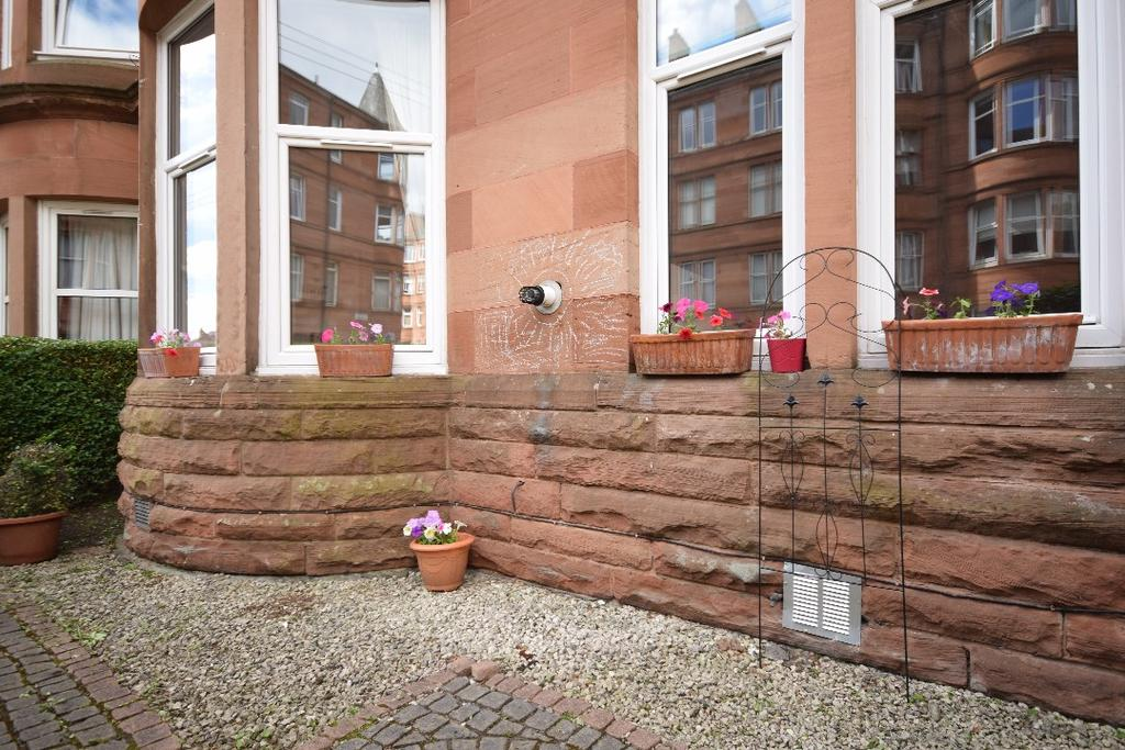 2 Bedrooms Flat for sale in Tassie Street , Flat 0/1, Shawlands, Glasgow , G41 3QG