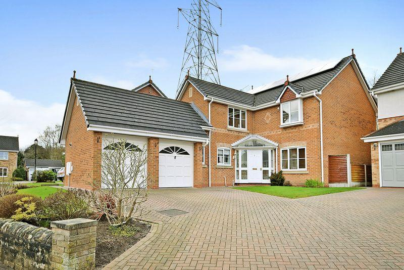 4 Bedrooms Detached House for sale in Sheridan Way, Sandymoor