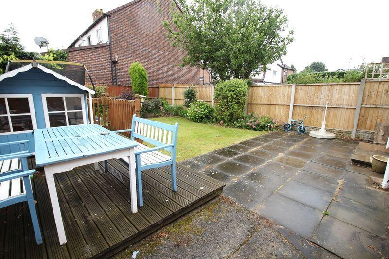 3 Bedrooms Semi Detached House for sale in Kirket Lane, Bebington