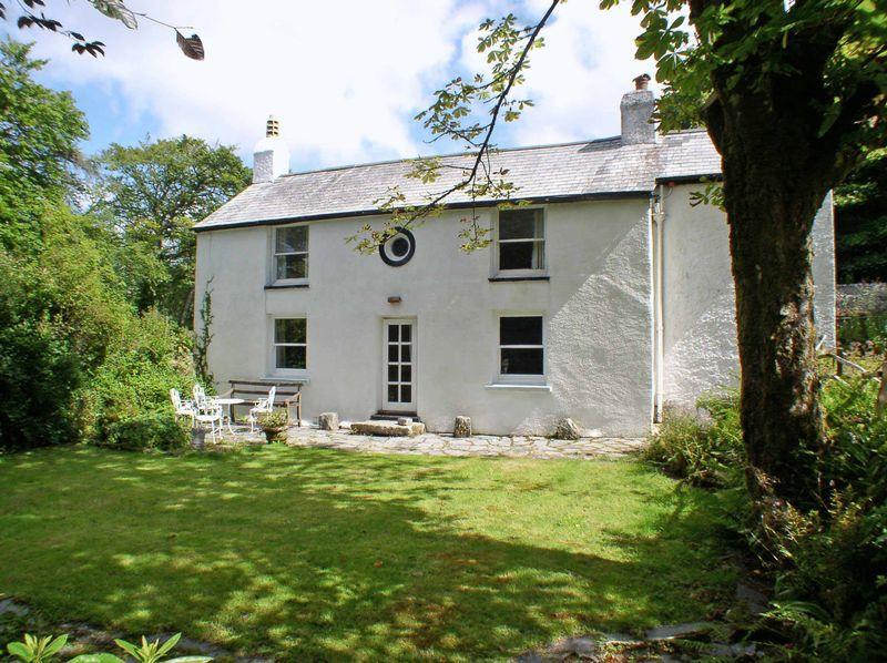 4 Bedrooms Detached House for sale in Dart Cottage, Postbridge
