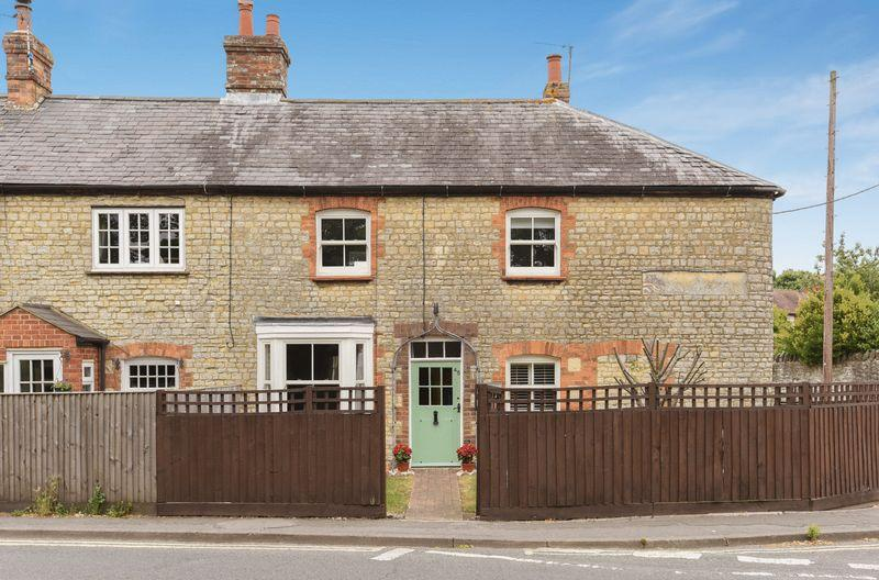 2 Bedrooms Semi Detached House for sale in Thame, Oxfordshire