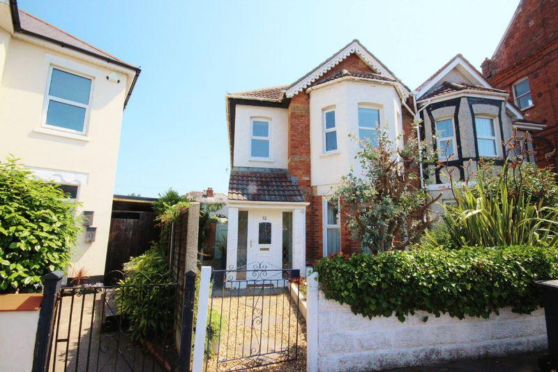 2 Bedrooms Flat for sale in Hannington Road, Pokesdown, Bournemouth