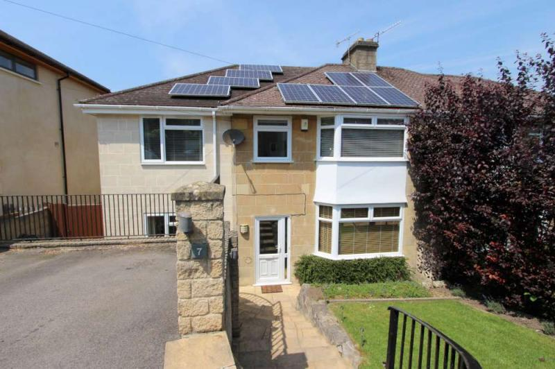 4 Bedrooms Semi Detached House for sale in Charlcombe View Road