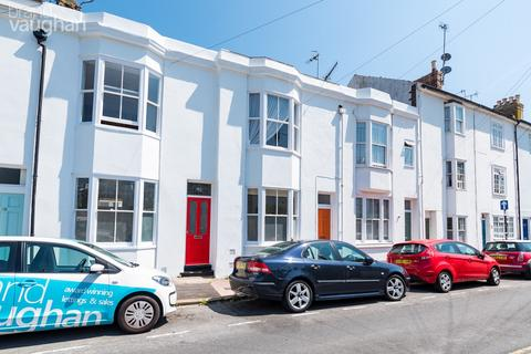 3 bedroom terraced house for sale - North Gardens, Brighton, BN1