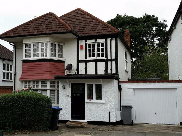 3 Bedrooms Detached House for sale in Corringham Road Corringham Road, Wembley, HA9