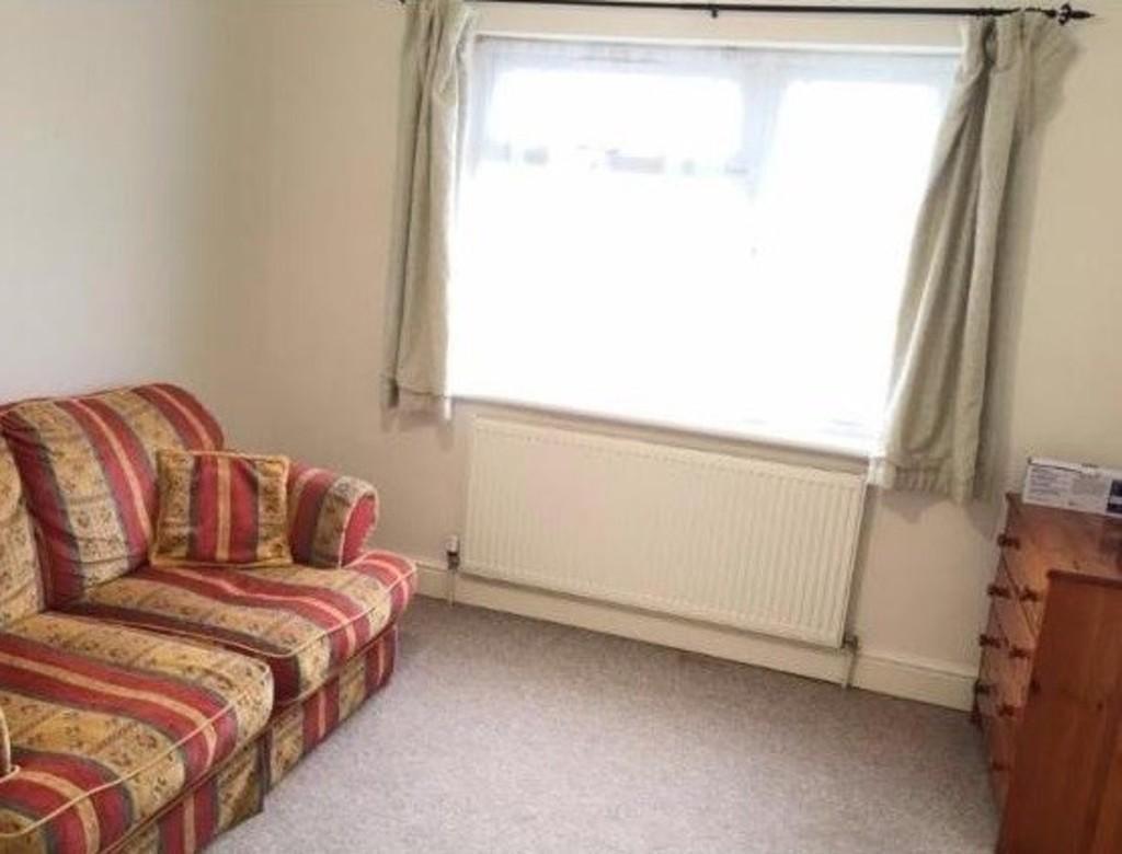Bed Room Flat To Buy In Harrow