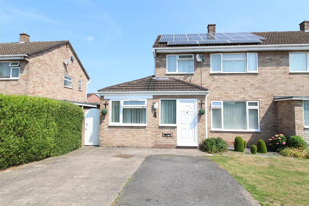 3 Bedrooms Semi Detached House for sale in Cartland Avenue, Telford Estate, Shrewsbury