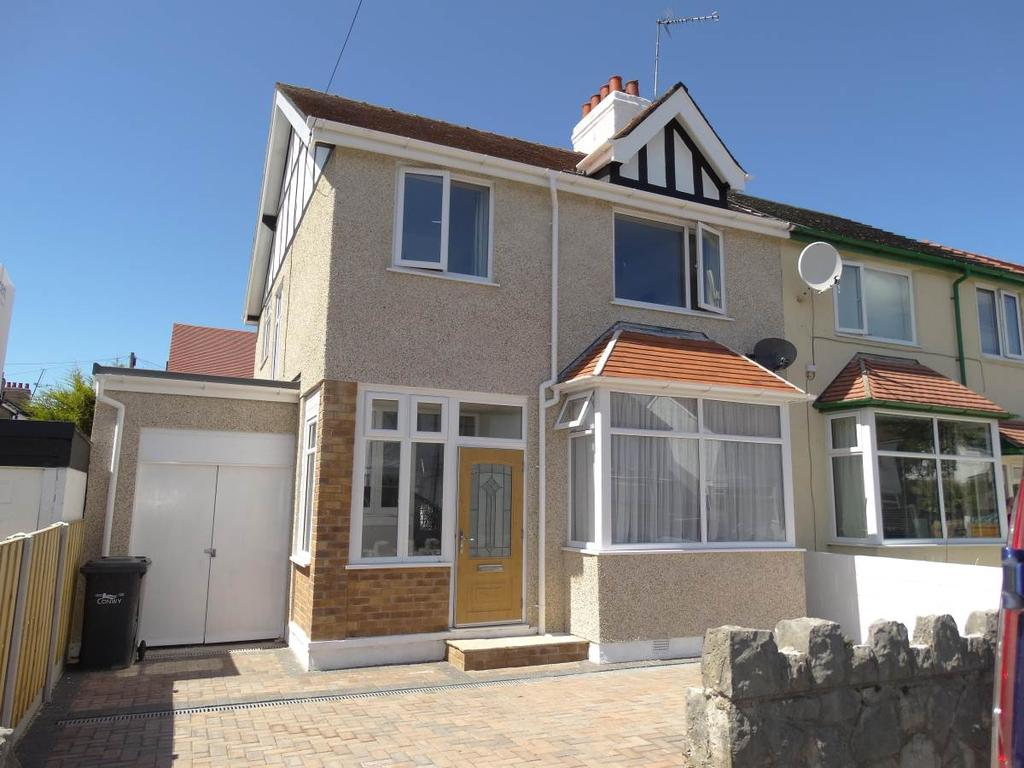 3 Bedrooms Semi Detached House for sale in 1 Hawthorne Avenue, Rhos on Sea, LL28 4NA