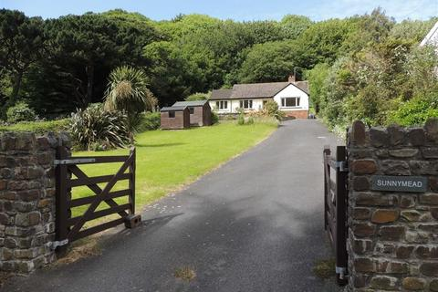 3 bedroom bungalow for sale - Longmead, Lynton, Devon, EX35