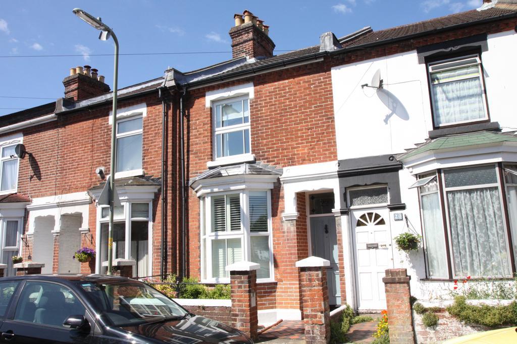 2 Bedrooms Terraced House for sale in Park Road, Alverstoke, Gosport PO12