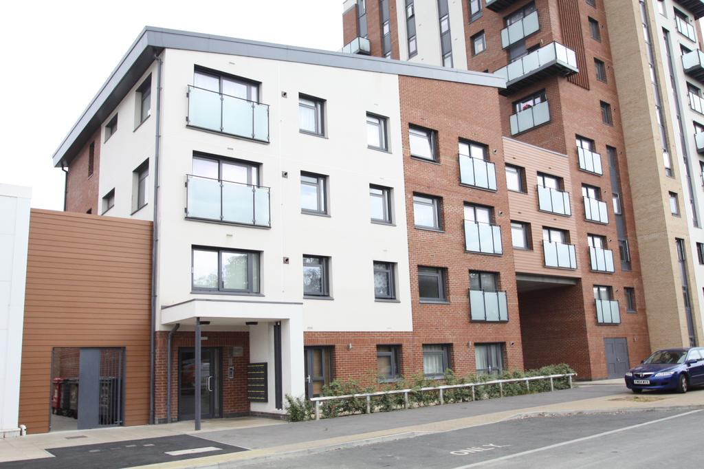 2 Bedrooms Apartment Flat for sale in Blanchard Avenue, Gosport PO13