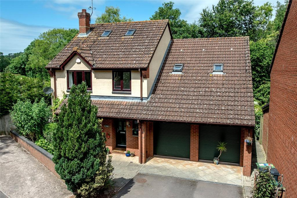 4 Bedrooms Detached House for sale in Lydeard Mead, Bishops Lydeard, Taunton, Somerset