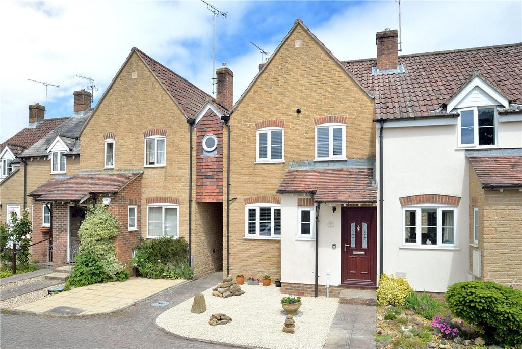 3 Bedrooms Terraced House for sale in Willis Hay, Westbury, Sherborne, Dorset