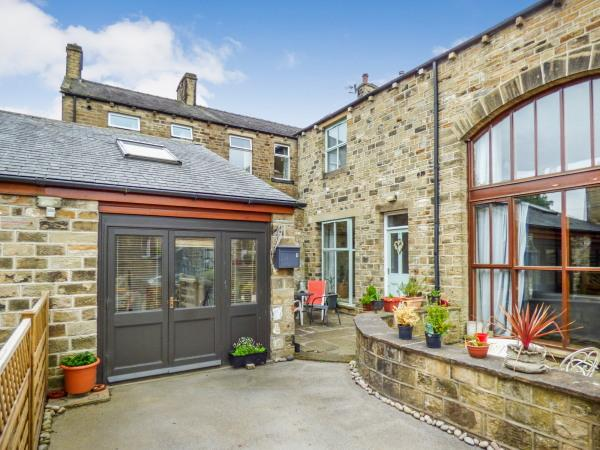 3 Bedrooms Cottage House for sale in The Old Joinery, Park Road, Cross Hills BD20 8AH