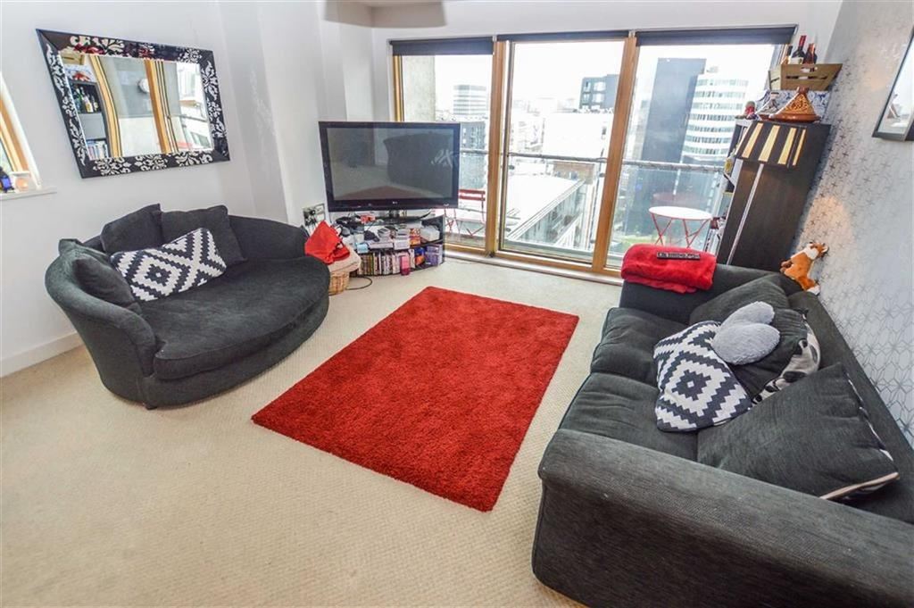 2 Bedrooms Apartment Flat for sale in Britton House, Green Quarter, Manchester, M4