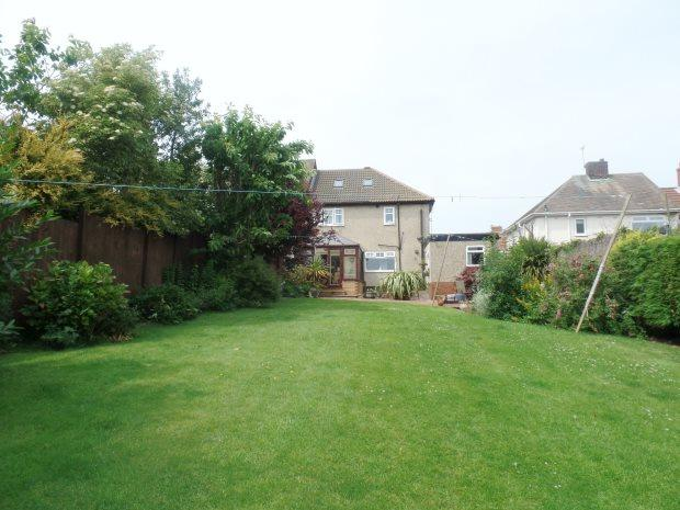 3 Bedrooms Semi Detached House for sale in ATTLEE AVENUE, BLACKHALL, PETERLEE AREA VILLAGES