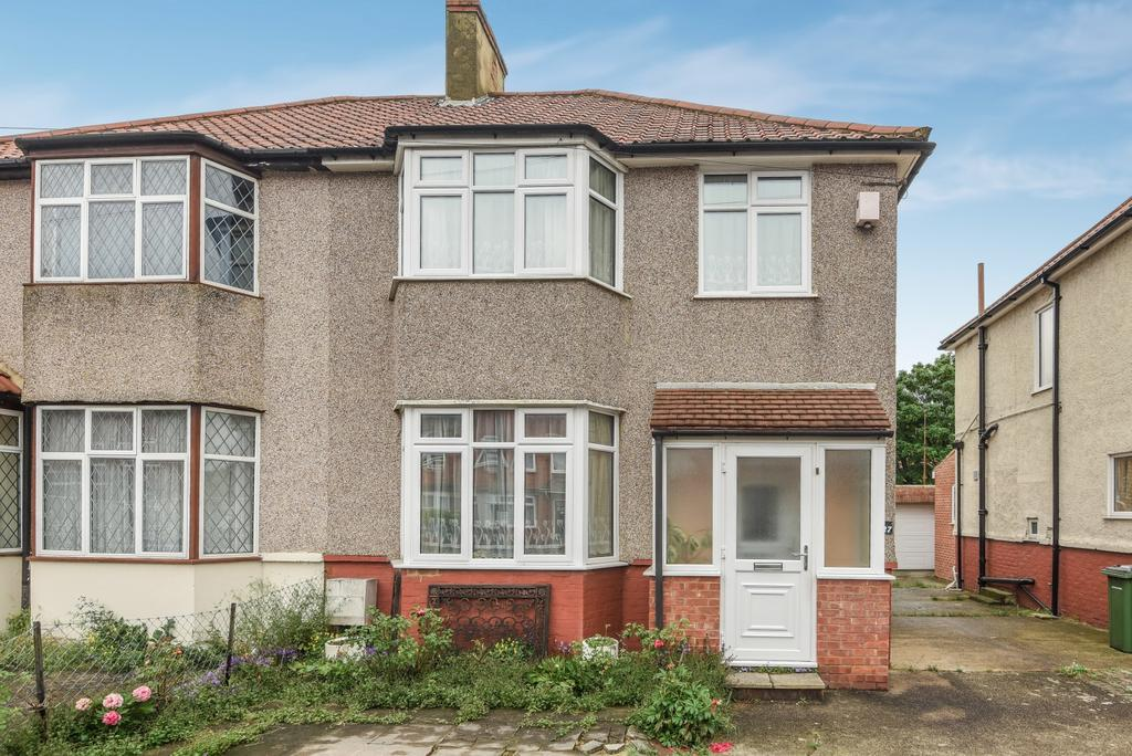 3 Bedrooms Semi Detached House for sale in Montcalm Road, London, SE7