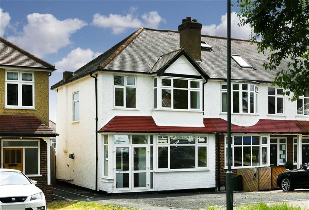 3 Bedrooms End Of Terrace House for sale in Stoneleigh Avenue, Worcester Park, Surrey