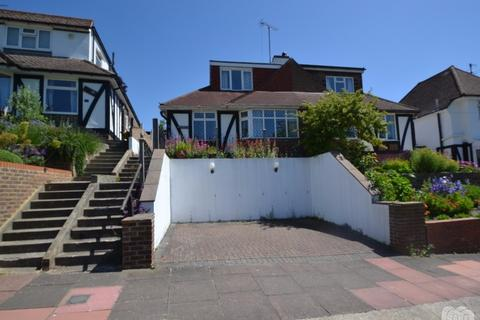 4 bedroom semi-detached house to rent - Barn Rise Brighton East Sussex BN1