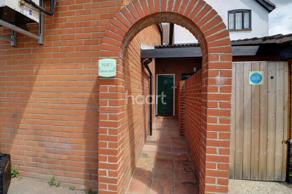 3 Bedrooms Flat for sale in Hamblin Walk, Woodbridge