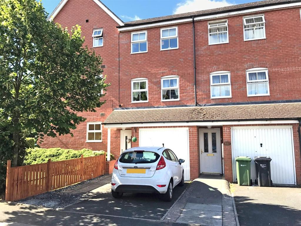 3 Bedrooms House for sale in Kernal Road, Whitecross, Hereford, HR4
