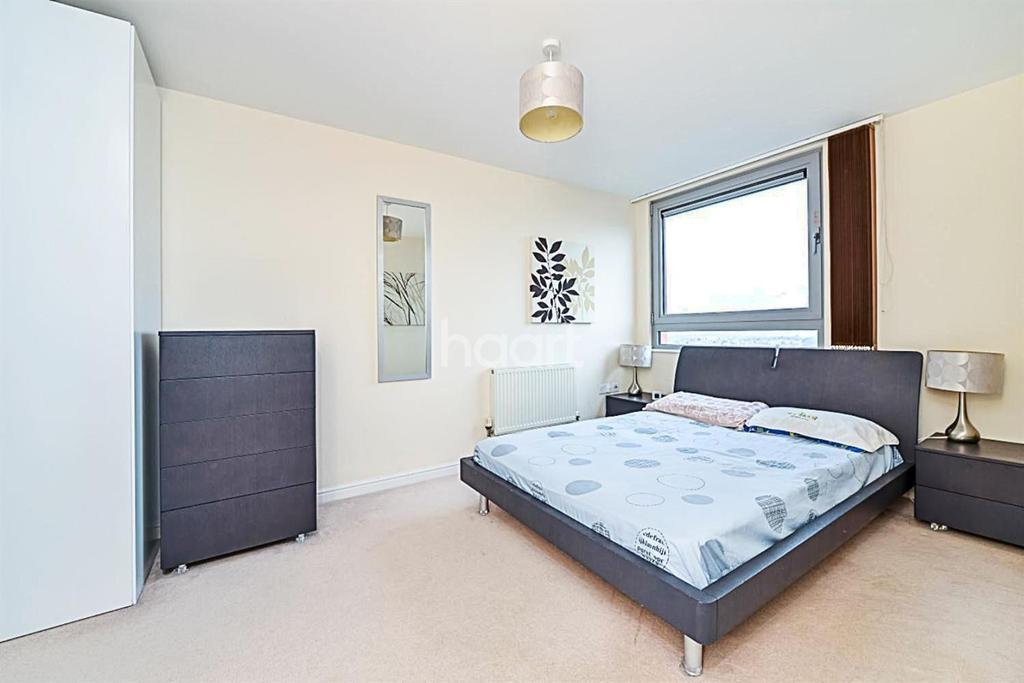 2 Bedrooms Flat for sale in Throwley Way, Sutton, SM1