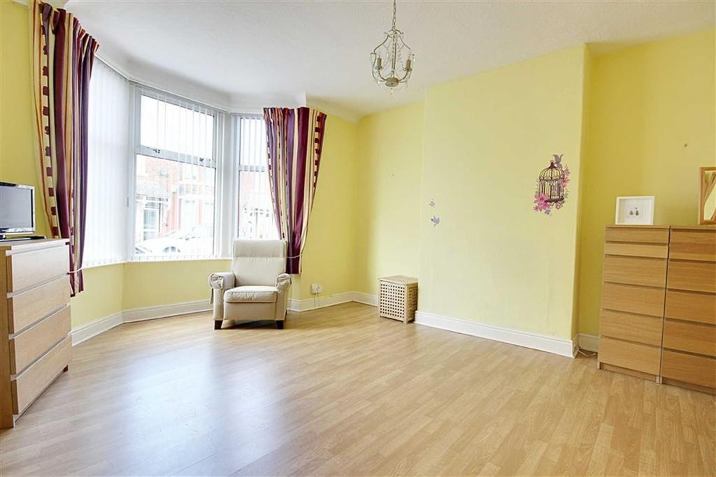 2 Bedrooms Flat for sale in St Vincent Street, South Shields, Tyne And Wear