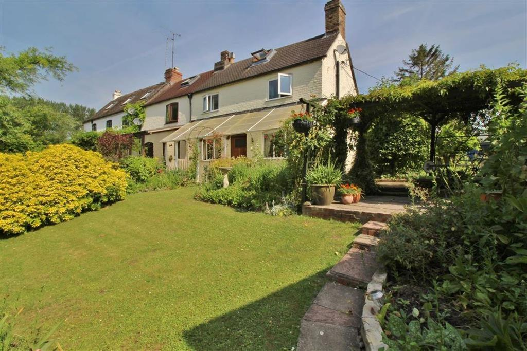 2 Bedrooms End Of Terrace House for sale in Bond's Mill Cottages, Stonehouse, Gloucestershire
