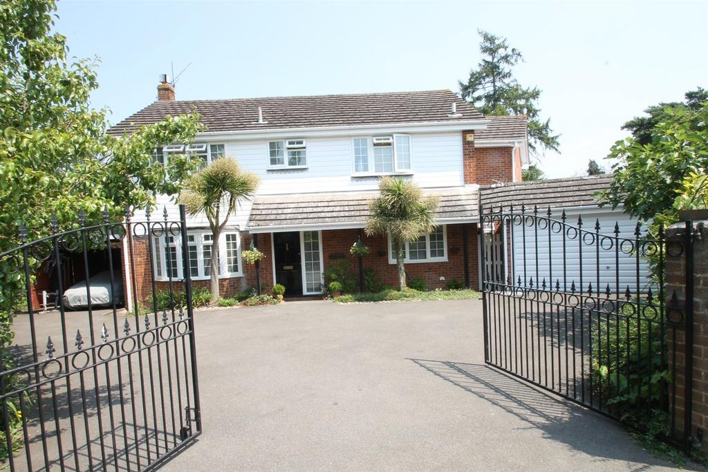 5 Bedrooms House for sale in Carisbrooke Drive, Maidstone