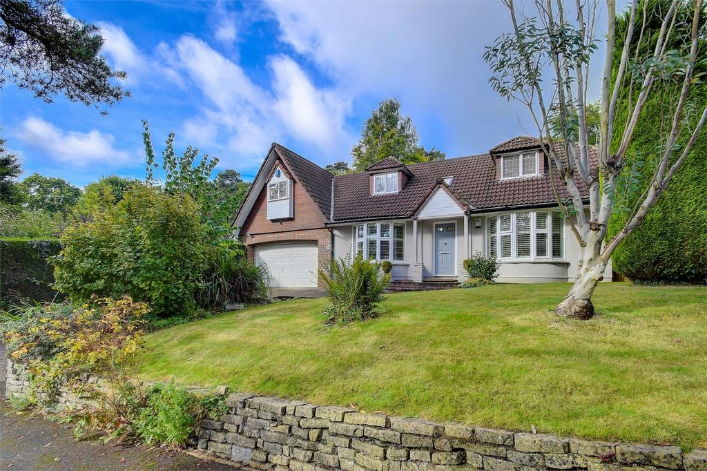 4 Bedrooms Detached House for sale in Birchwood, Beech Hill, Headley Down, Hampshire