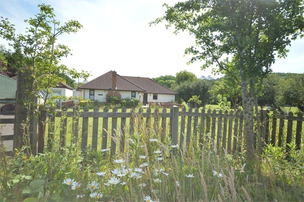 6 Bedrooms Detached Bungalow for sale in Whitstable, Kent