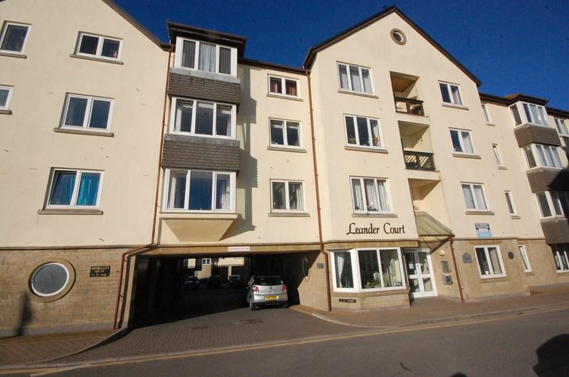 2 Bedrooms Retirement Property for sale in Strand, Teignmouth