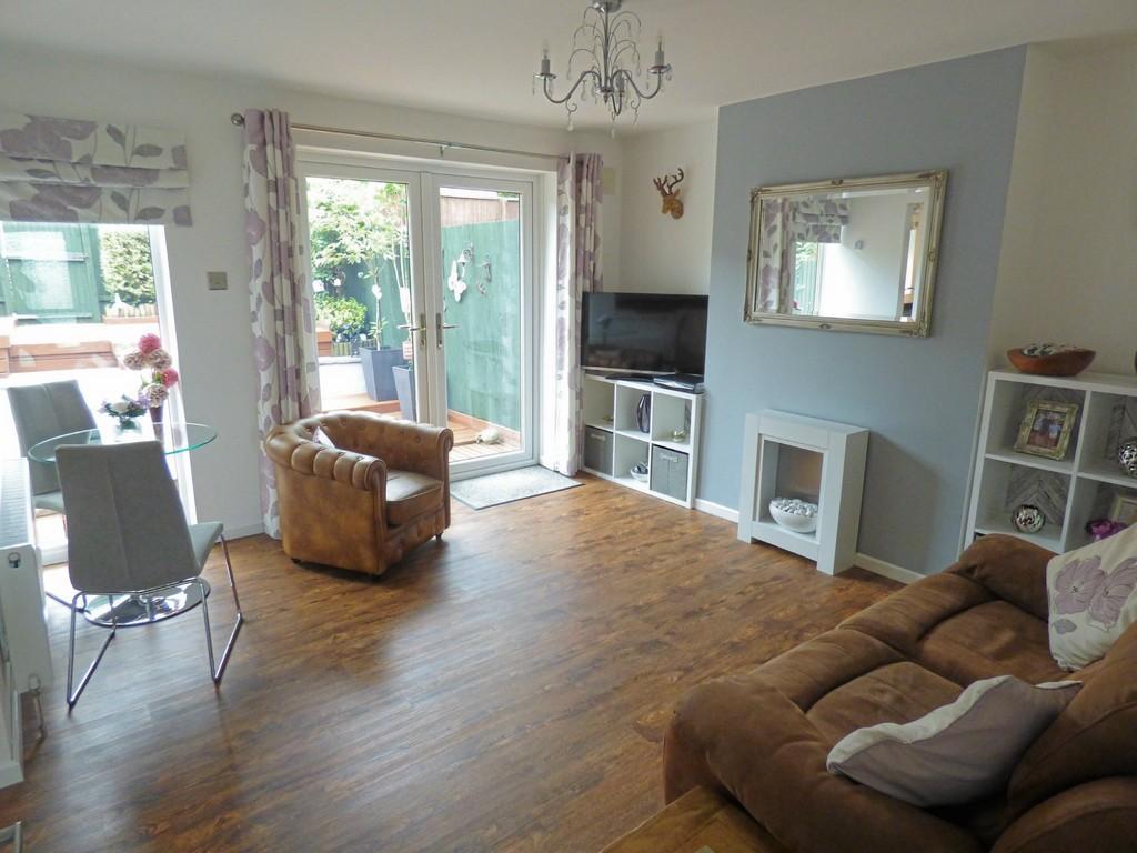 2 Bedrooms Terraced Bungalow for sale in CORFE MULLEN