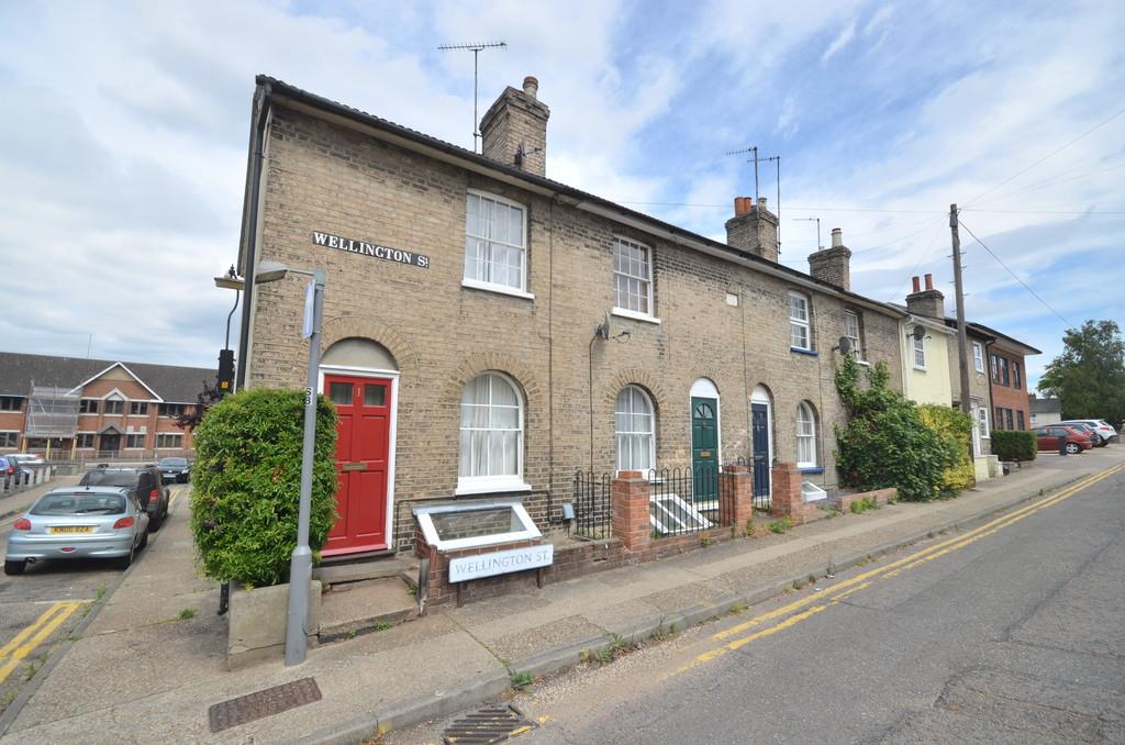 2 Bedrooms End Of Terrace House for sale in Wellington Street, Colchester