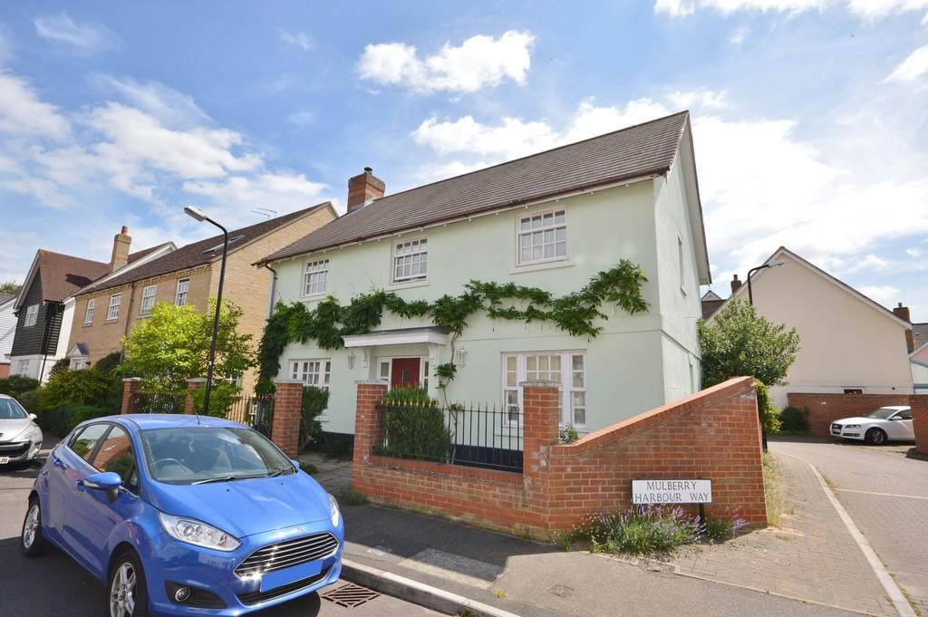 4 Bedrooms Detached House for sale in Old Ferry Road, Wivenhoe