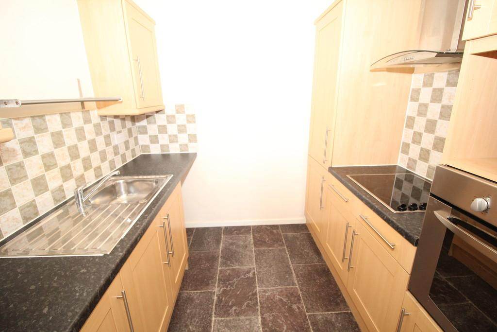 2 Bedrooms Flat for sale in The Pinnacle, Wakefield, Wakefield