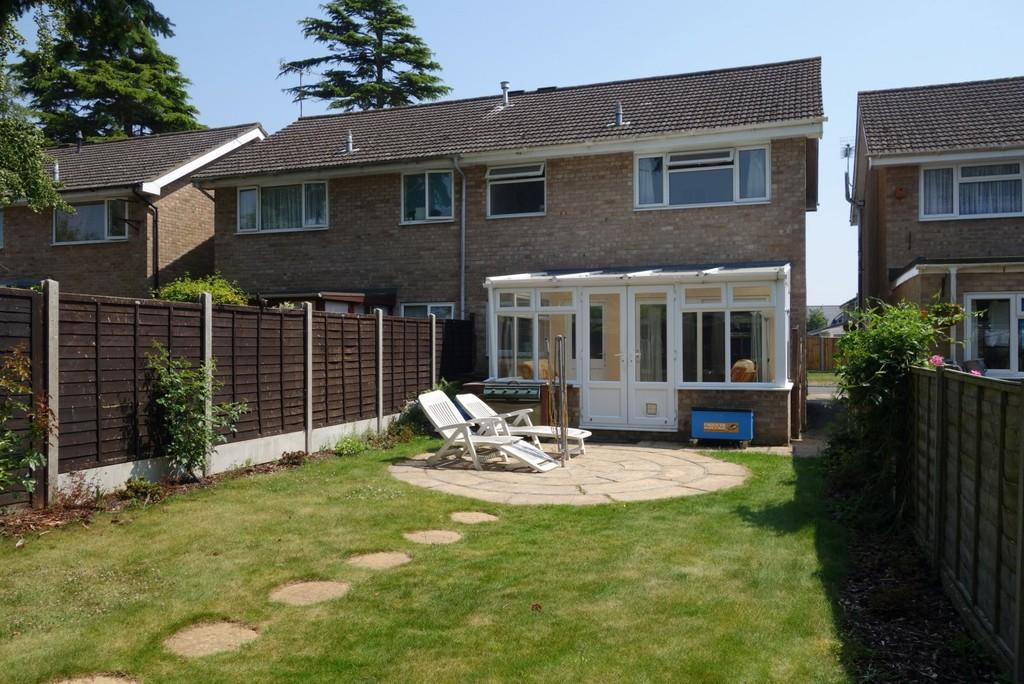 3 Bedrooms Semi Detached House for sale in Butts Ash Gardens, Hythe