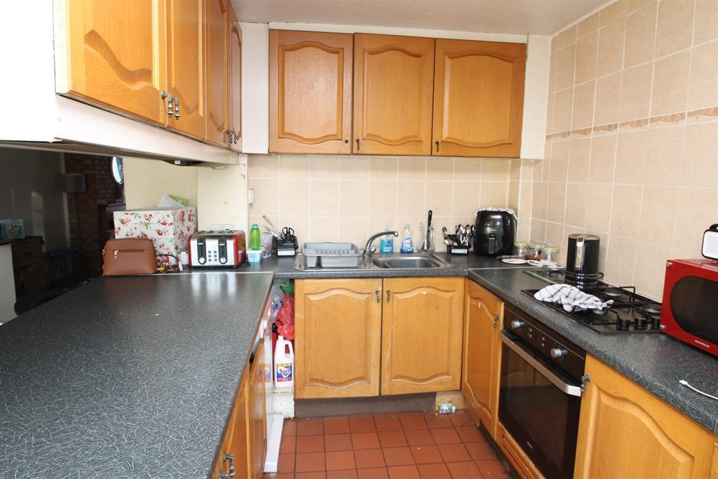 3 Bedrooms Terraced House for sale in Parkmead, Sidcup, Kent, DA15 9PE