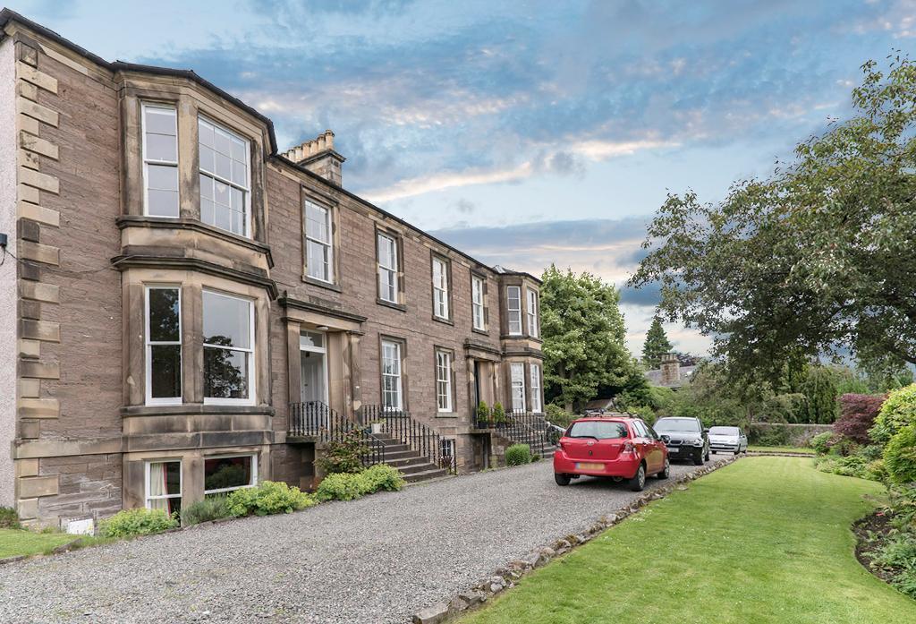 4 Bedrooms Maisonette Flat for sale in Kenilworth Road, Bridge of Allan, Stirling, Scotland, FK9 4DU