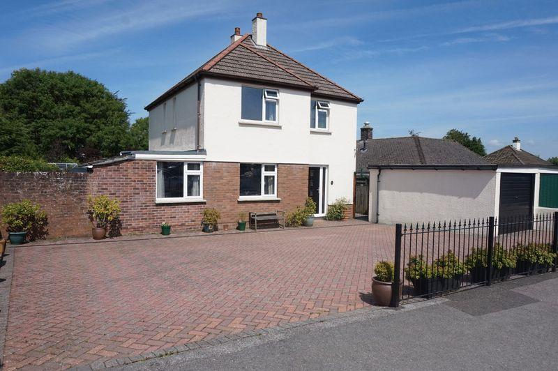 4 Bedrooms Detached House for sale in Woburn Road, Launceston