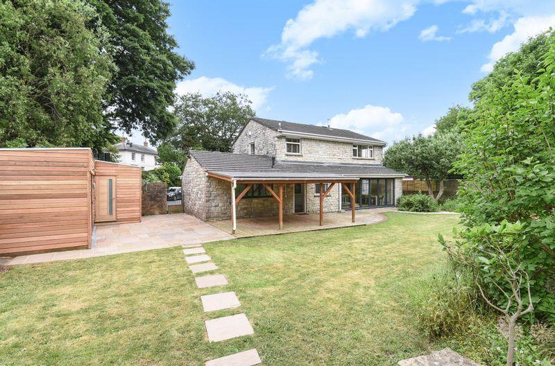 4 Bedrooms Detached House for sale in Brooklands House, Bridport Road, Beaminster